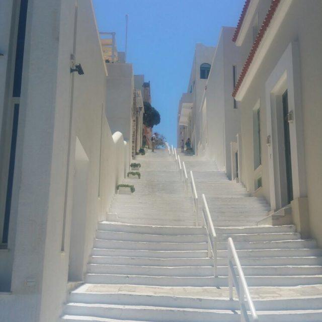http://www.villabrunat.com/wp-content/uploads/2020/12/IMG_5933-640x640.jpg